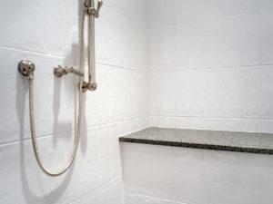 vanmol-bath-007